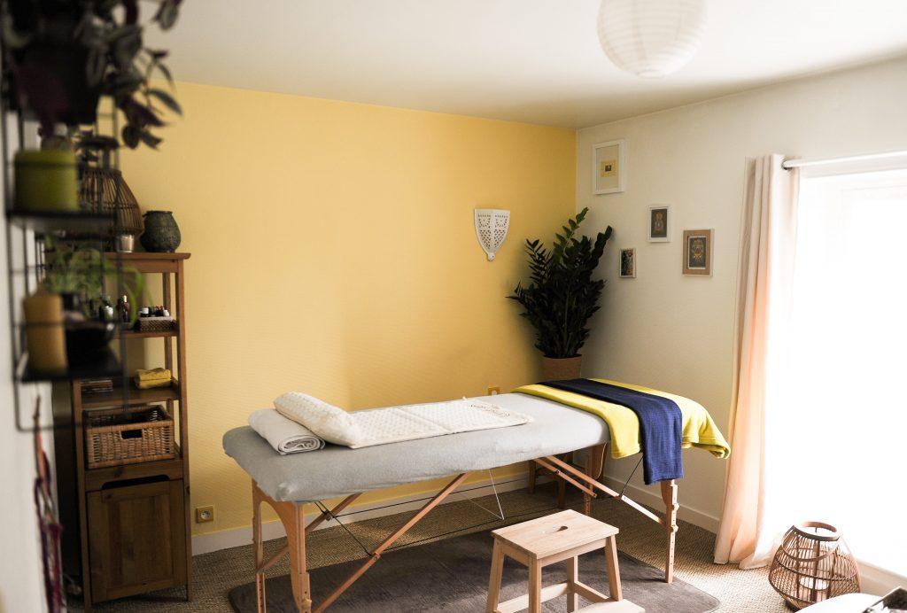 Les massages bien-être permettent de renouer contact et accepter son corps, reprendre confiance en soi, reconnaître sa place, optimiser, savoir recevoir et donner, s'ouvrir au monde…